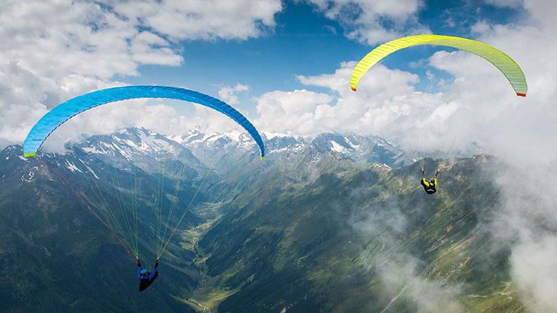 باشگاه هوایی اوج- پاراگلایدر- لذت پرواز در آسمان